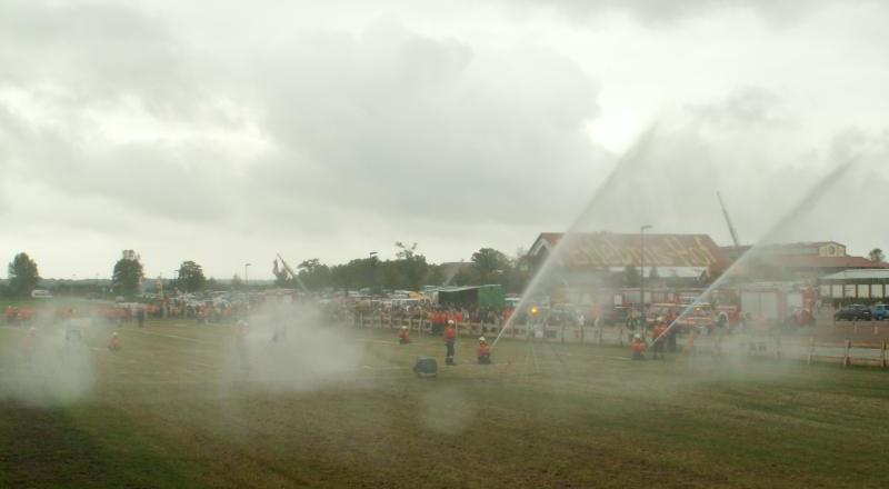 Feuerwehr-Jubiläum und -Wettkampf in Rövershagen